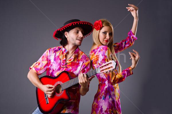 Espanhol par jogar guitarra dança mulher Foto stock © Elnur