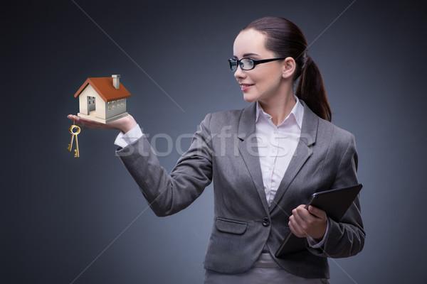 Stockfoto: Zakenvrouw · huisvesting · hypotheek · business · vrouw · kantoor