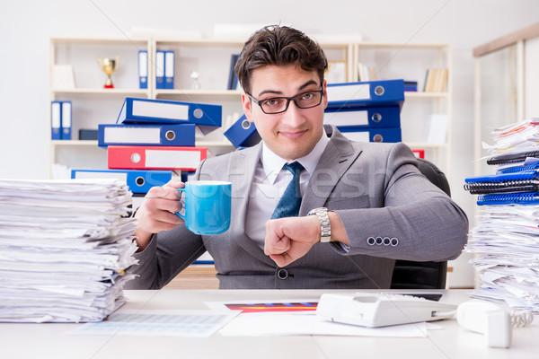商人 忙碌 文書 男子 時鐘 筆記本電腦 商業照片 © Elnur