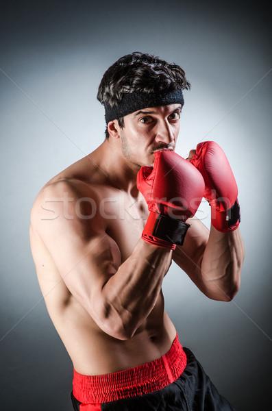 Muskuläre Boxer rot Handschuhe Hand Sport Stock foto © Elnur