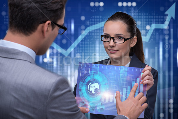 Uomini d'affari stock grafico tendenze soldi Foto d'archivio © Elnur