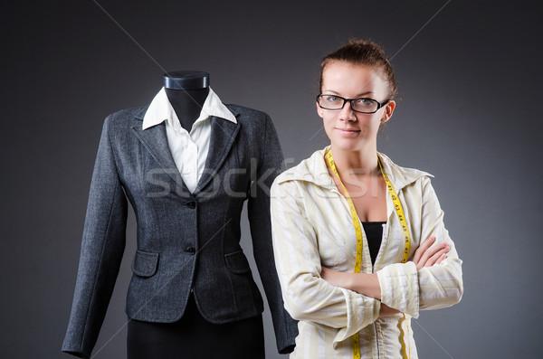 Mujer sastre de trabajo ropa moda trabajo Foto stock © Elnur