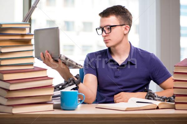 Fiatal diák iskola vizsgák könyv férfi Stock fotó © Elnur