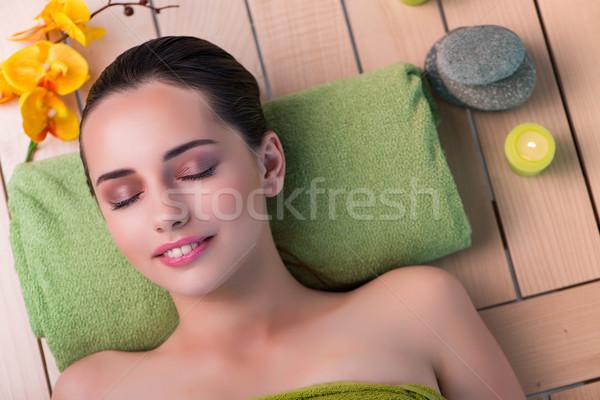 Jungen schöne Frau spa Verfahren Mädchen Gesundheit Stock foto © Elnur