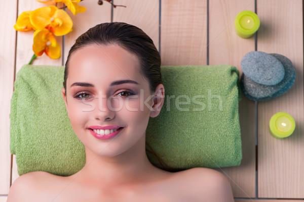 Fiatal gyönyörű nő fürdő eljárás lány egészség Stock fotó © Elnur