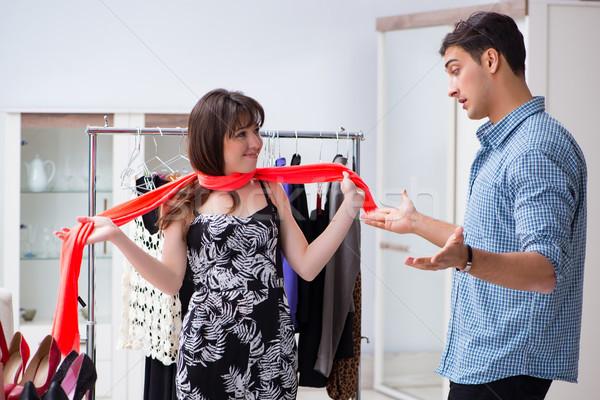 Winkel assistent helpen vrouw kopen keuze Stockfoto © Elnur