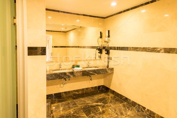 Modern elegáns mosdókagyló fürdőszoba víz fény Stock fotó © Elnur