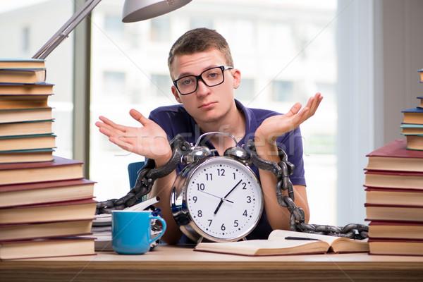 Fiatal diák iskola vizsgák könyv könyvek Stock fotó © Elnur
