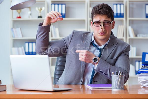 Işadamı terleme kötü ofis işyeri bilgisayar Stok fotoğraf © Elnur