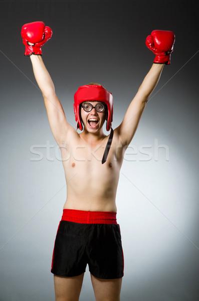 Drôle boxeur sombre main fond boîte Photo stock © Elnur