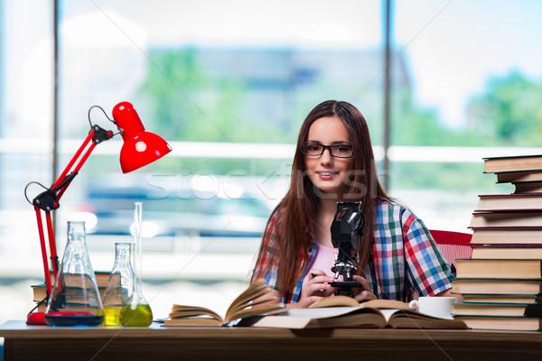 Női diák kémia vizsgák könyvek iskola Stock fotó © Elnur
