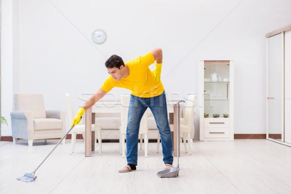 Jeune homme maison homme travail meubles Photo stock © Elnur