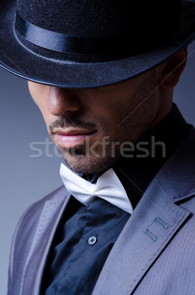 Empresario edad estilo sombrero hombre trabajo Foto stock © Elnur