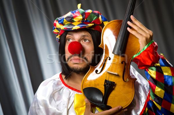 Vicces bohóc hegedű függöny zene mosoly Stock fotó © Elnur