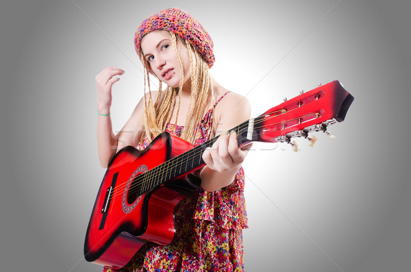 Gitarist vrouw geïsoleerd witte muziek partij Stockfoto © Elnur