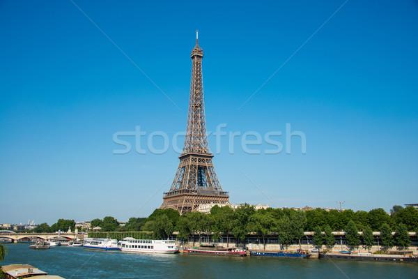 Eyfel Kulesi parlak gün gökyüzü şehir inşaat Stok fotoğraf © Elnur