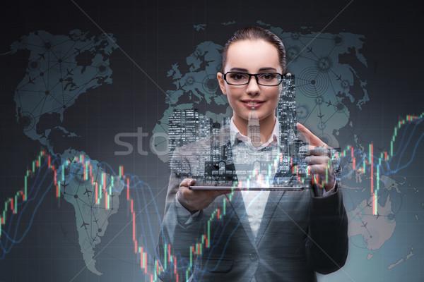 Fiatal üzletasszony pénzügyi kereskedés nő munka Stock fotó © Elnur
