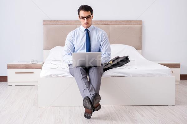Empresário trabalhando quarto de hotel negócio computador casa Foto stock © Elnur