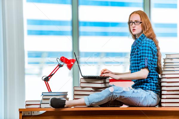 Stock fotó: Fiatal · női · diák · vizsgák · lány · könyvek