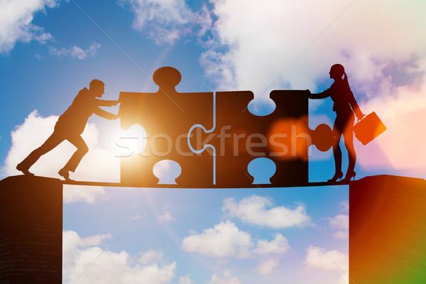 üzlet csapatmunka kirakós játék épület férfi csoport Stock fotó © Elnur