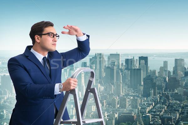 Сток-фото: бизнесмен · скалолазания · лестнице · бизнеса · служба · человека