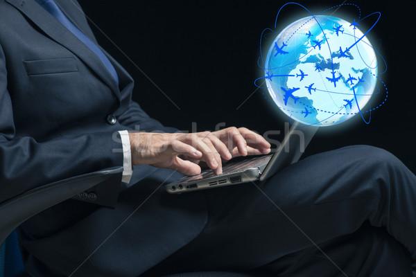 бизнесмен Воздушные путешествия компьютер человека Мир веб Сток-фото © Elnur