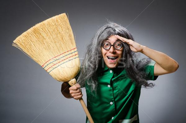 Vicces férfi ecset paróka ház lány Stock fotó © Elnur
