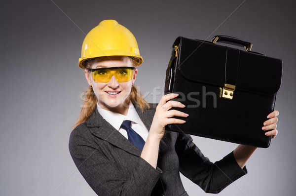 Bouwvakker helm grijs business vrouw bouw Stockfoto © Elnur