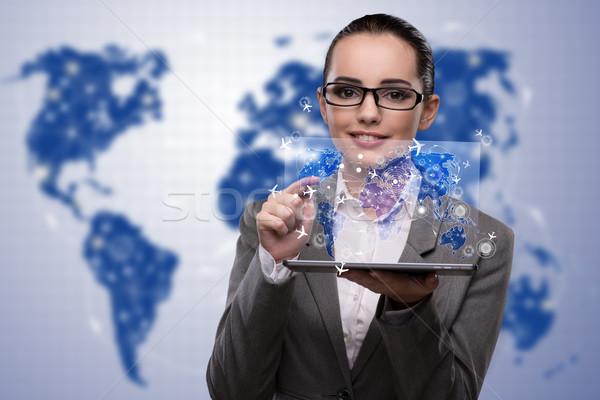 Fiatal üzletasszony online utazás előre bejelentkezés internet Stock fotó © Elnur