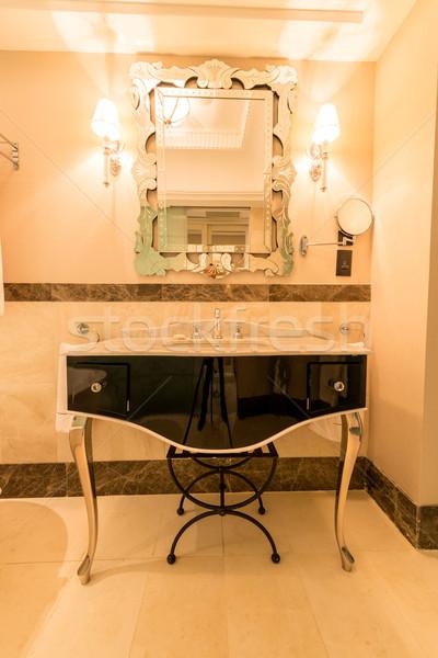 Moderno elegante sink bagno acqua luce Foto d'archivio © Elnur