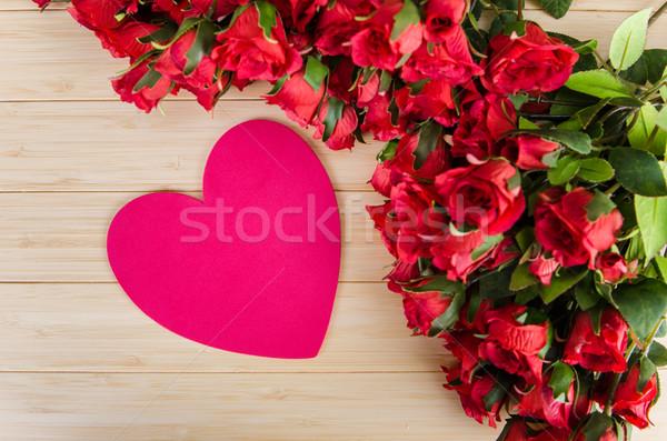 Rózsák szív alak kártya üzenet virág virágok Stock fotó © Elnur