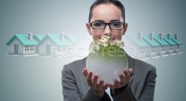 Zakenvrouw huisvesting hypotheek business vrouw kantoor Stockfoto © Elnur