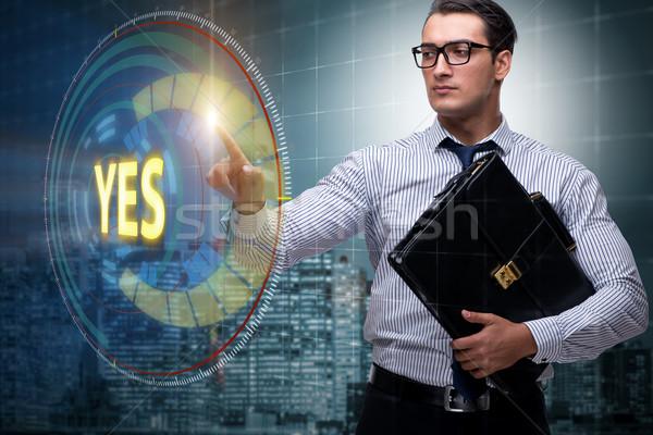 üzletember kisajtolás virtuális gomb igen üzlet Stock fotó © Elnur