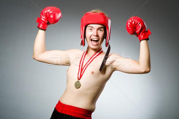 Vicces boxoló nyerő aranyérem kéz testmozgás Stock fotó © Elnur