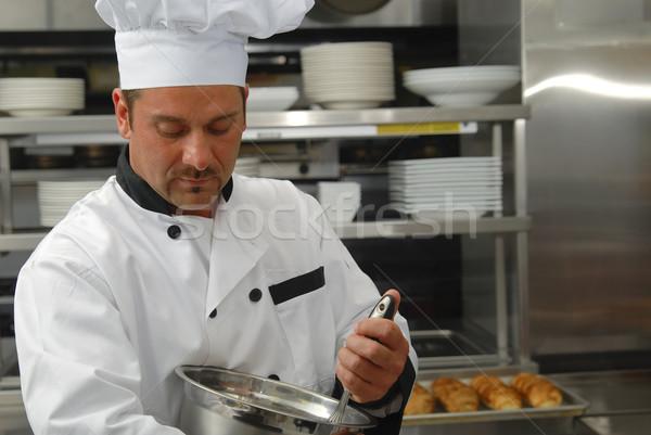 Chef alimentos atractivo caucásico tazón restaurante Foto stock © elvinstar