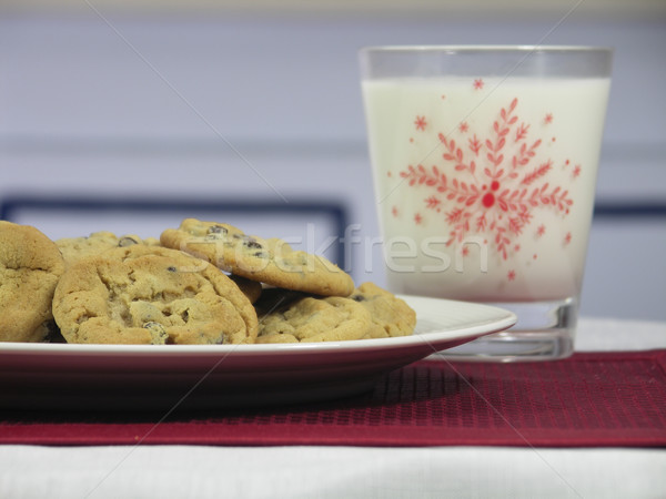 Cookies leche chocolate chip Navidad vidrio Foto stock © elvinstar