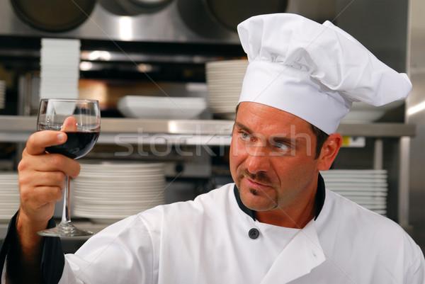 Foto stock: Chef · vidro · vinho · atraente · caucasiano · restaurante
