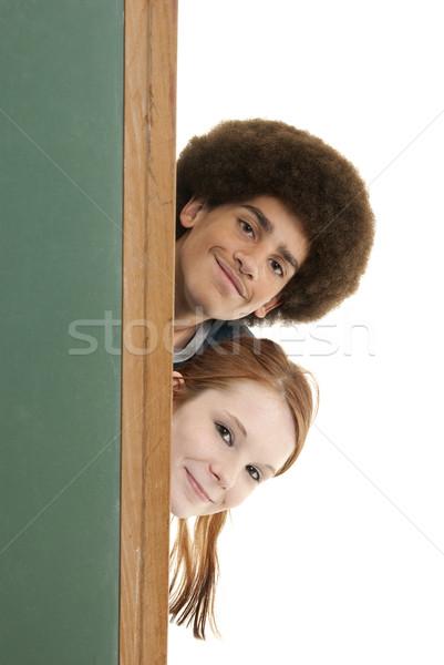 Foto stock: Sonriendo · adolescentes · detrás