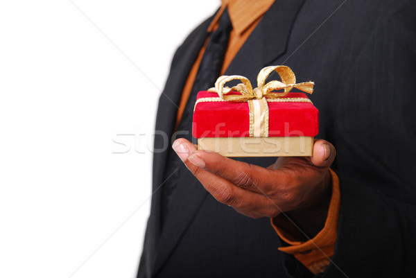 Foto stock: Regalo · masculina · manos · rojo · terciopelo