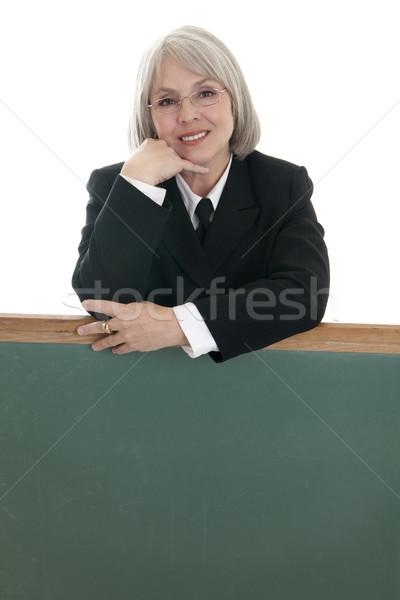 Aranyos üzletasszony üres tábla kaukázusi dől üzlet Stock fotó © elvinstar