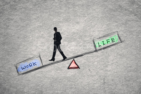 Saldo trabalhar vida negócio homem empresário Foto stock © elwynn