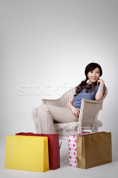 Сток-фото: китайский · женщину · сидеть · Председатель · мешки · землю
