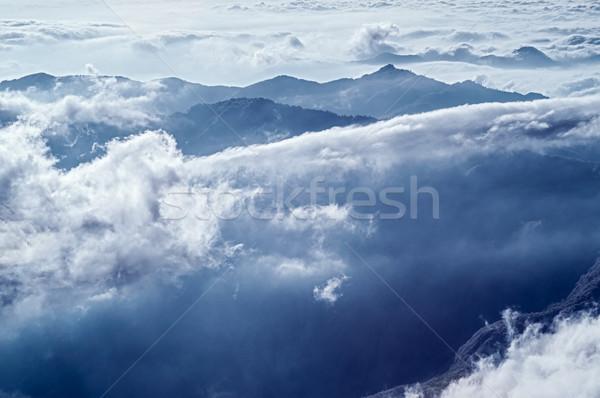 Alcance dramático nublado montanha cenário famoso Foto stock © elwynn