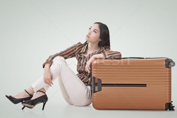 アジア 女性 座る 地上 荷物 現代 ストックフォト © elwynn