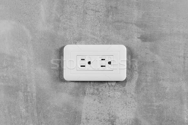 Enchufe eléctrica gris pared primer plano imagen Foto stock © elwynn