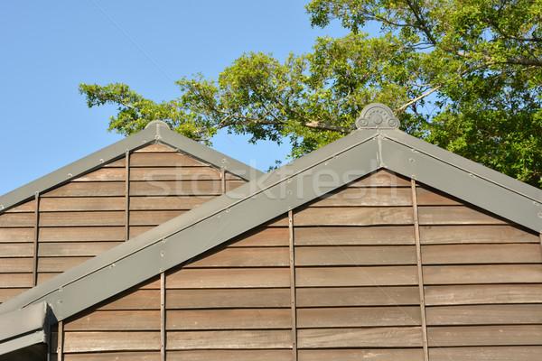 Fából készült tető épület lövés erdőgazdaság kultúra Stock fotó © elwynn