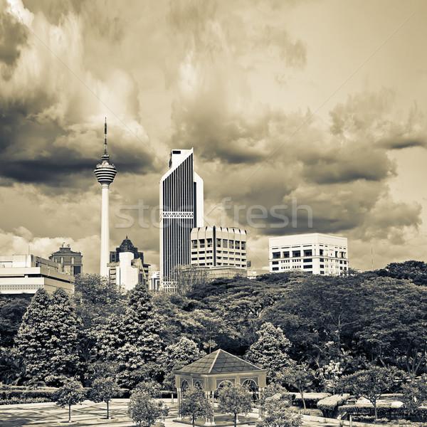 Város díszlet sziluett épületek Kuala Lumpur Malajzia Stock fotó © elwynn