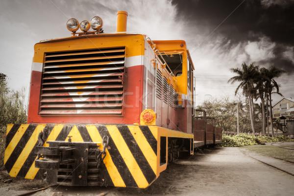 Vieux locomotive chemin de fer rural domaine dramatique Photo stock © elwynn