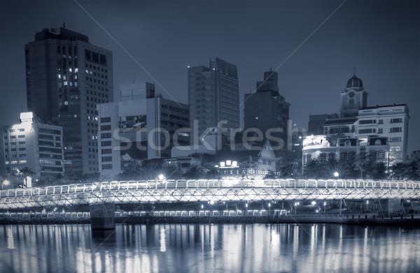 Nowoczesne Night City budynków most rzeki niebo Zdjęcia stock © elwynn