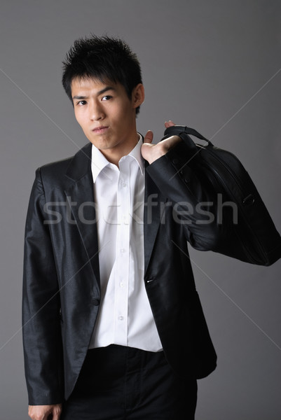 Stockfoto: Knap · jonge · zakenman · aktetas · schouder